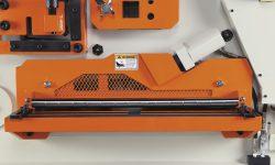 hydraulic holddown for flat shear